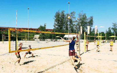 Gratis beachvolleybal clinics voor jeugd bij Beach Tilburg