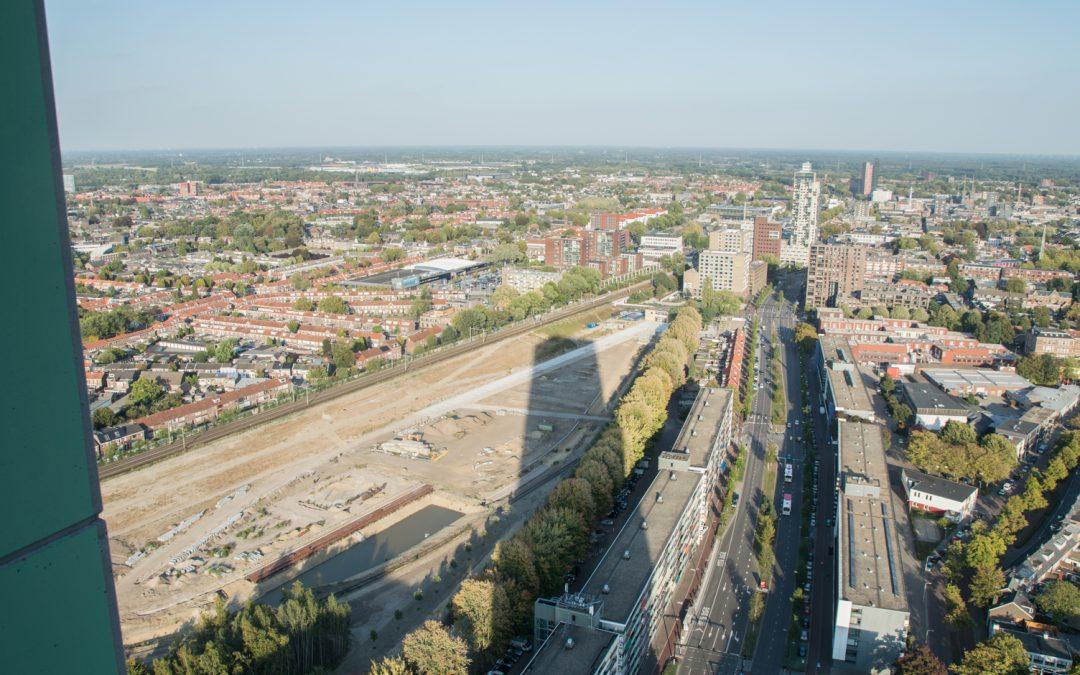 Eersterangs uitzicht op het Spoorpark in wording