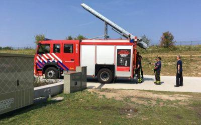 Waterniveau vijver verhoogd met hulp van brandweer