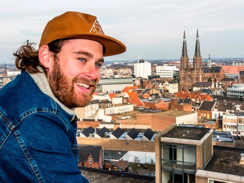 Stadsportret Dirk de Leeuw: 'Zet de zeikerds op de trein naar Den Bosch'