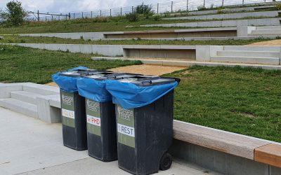 Extra afvalbakken geplaatst