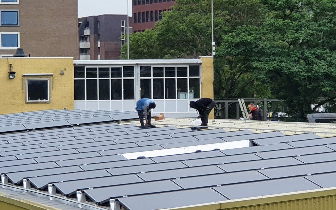 Extra zonnepanelen geplaatst op dak Esjeeka