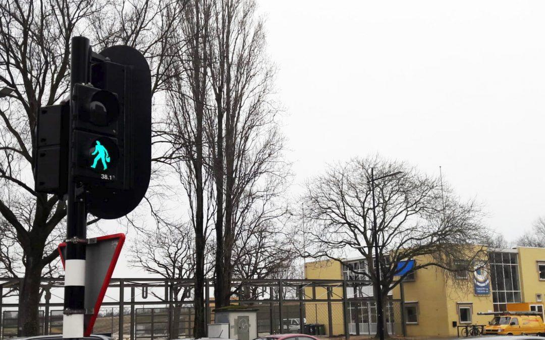 Nie zèèke mar kèèke: Spoorpark heeft 'eigen' Kruikenzeiker verkeerslicht