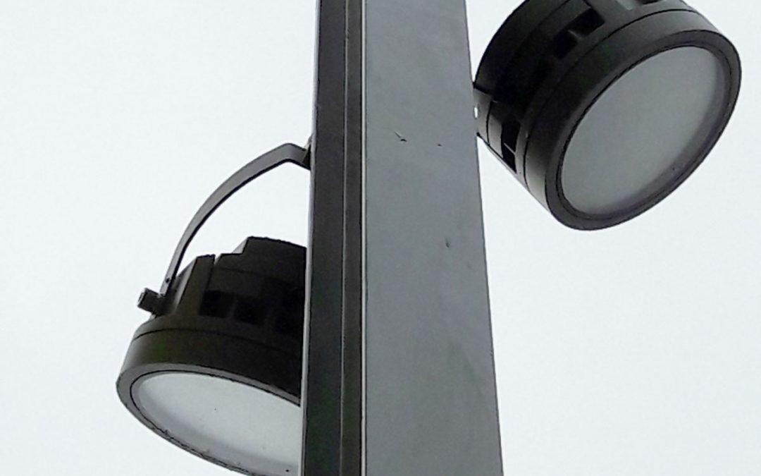 Lichtmasten geplaatst voor veiligheid en sfeer