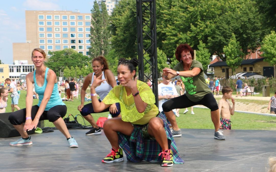 Zumba Marathon in het Spoorpark op Internationale Vrouwendag
